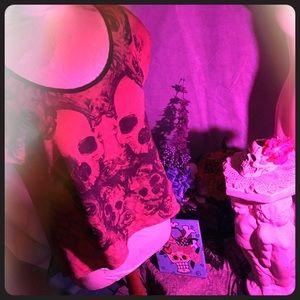 Rose Graphic Blouse w Pirate Skulls!